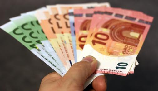Contratos de dinero rápido